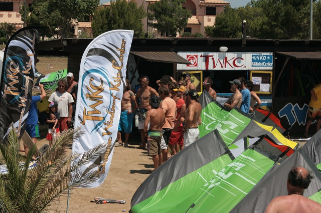 Kite windsurf surf sup talamone